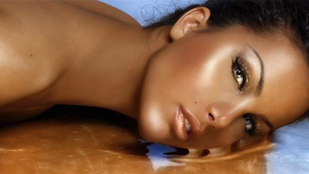 Il make-up perfetto per l'abbronzatura